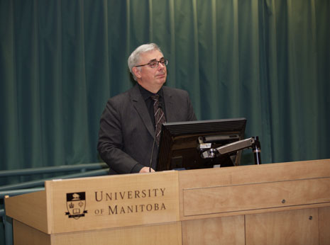 Dr. David Barnard announces the University of Manitoba as the first age-friendly university in Canada