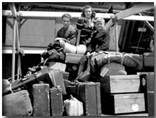 Dutch Immigrants with luggage 1947