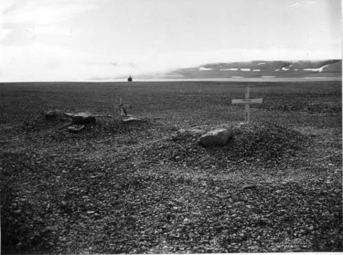 Trappers' graves at Port Leopold